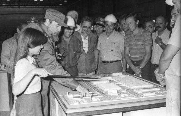 Colectivos obreros del Camagüey rinden homenaje a Fidel en su cumpleaños 91
