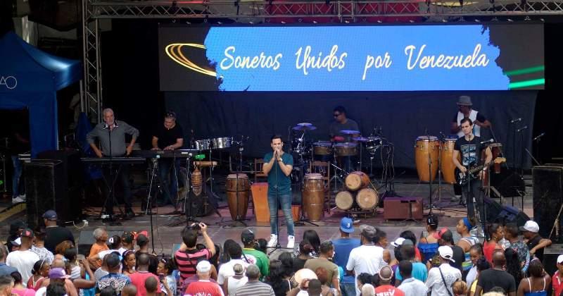 Reitera Cuba solidaridad con Venezuela en gran concierto en La Habana (+ Fotos)