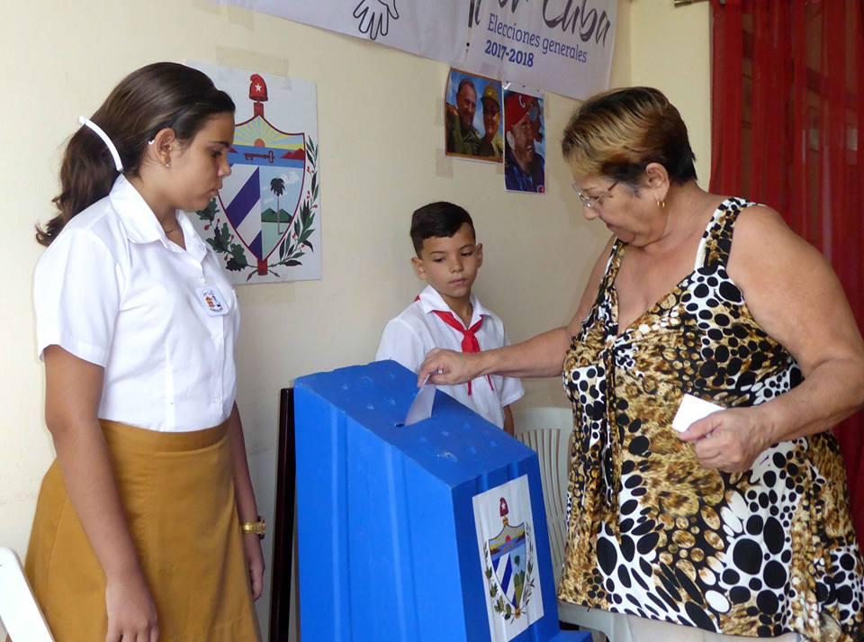 Más de la mitad de los camagüeyanos ya han ejercido su derecho al voto (+Fotos y audio)