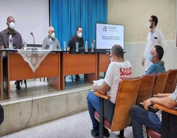 Recorre viceprimer ministro Tapia Fonseca instalaciones hospitalarias en Ciego de Ávila