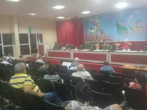 Consejo de Defensa en Camagüey evalúa producción de alimentos y otras tareas