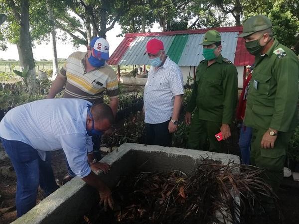 Viceprimer ministro Tapia Fonseca chequea en Camagüey programas alimentarios