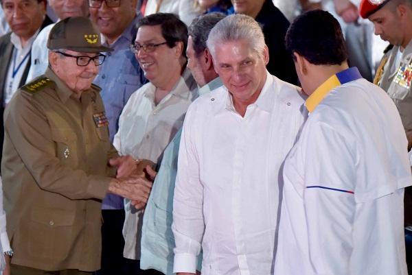 Raúl y Díaz-Canel presidieron clausura de la XVII Cumbre del ALBA-TCP (+Fotos)