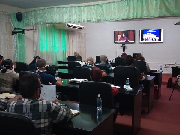 Analizan diputados camagüeyanos nuevos proyectos de leyes para la nación (+ Foto y Post)