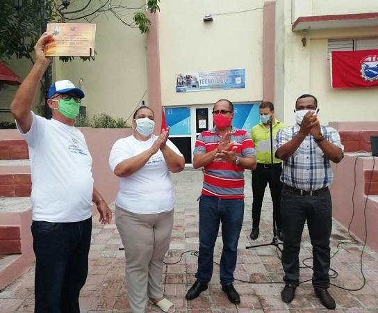 Otorgan reconocimiento Por las Sendas de Agramonte a Empresa de Turismo de Ciudad Santa María (+Fotos)