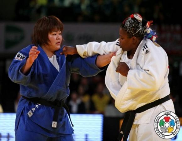 Viajan judocas cubanos hacia lid mundial en Budapest