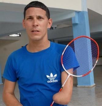 Reconocen a badmintonista paralímpico como atleta destacado en Camagüey