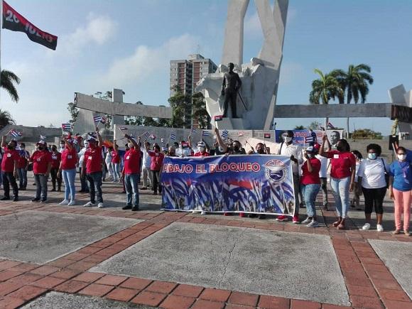 Reconocen en Camagüey a entidades destacadas en ocasión del Día Internacional de los Trabajadores (+ Fotos y Post)