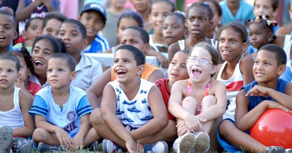 De fiesta toda Cuba y sus niños