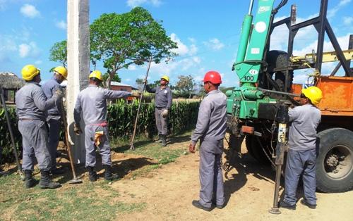 Empresa Eléctrica de Camagüey contribuye al ahorro de divisas a Cuba