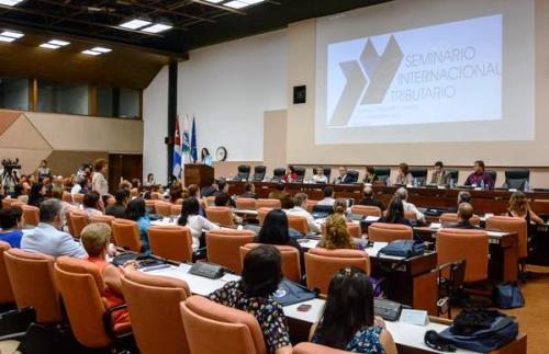 Acoge cuba encuentro internacional de administraci n for Oficina tributaria