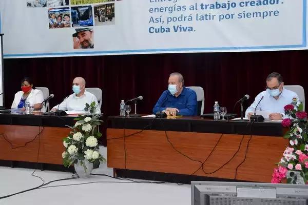 Evalúa Primer Ministro desempeño del sistema deportivo cubano