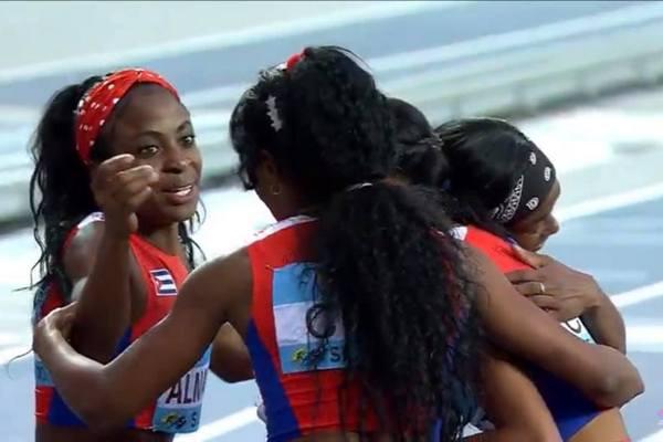 Ganan boleto para Juegos Olímpicos cubanas en 4x400 metros del atletismo