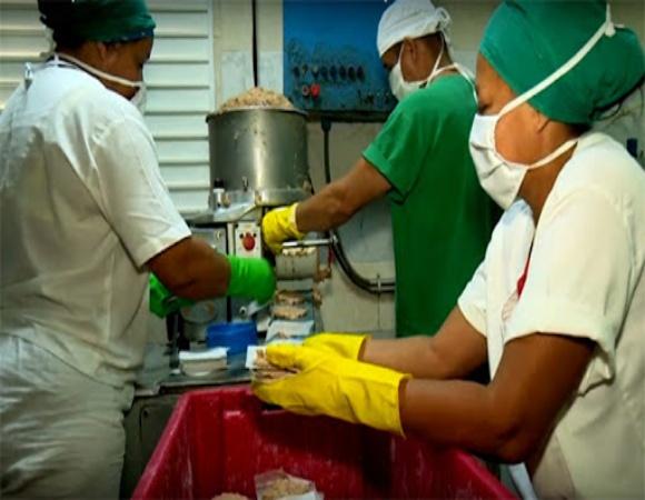 Garantizan dieta equilibrada en hospitales cubanos para pacientes con la COVID-19