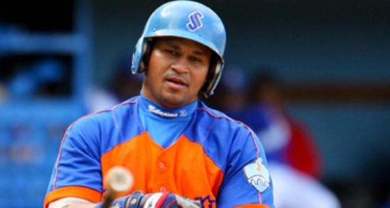 Se recupera de cirugía destacado pelotero cubano Frederich Cepeda
