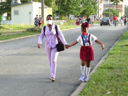 En Camagüey, de nuevo a las aulas