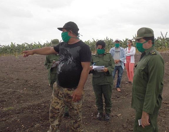 Evaluaron autoridades camagüeyanas aciertos y desafíos del autoabastecimiento en el municipio de Najasa