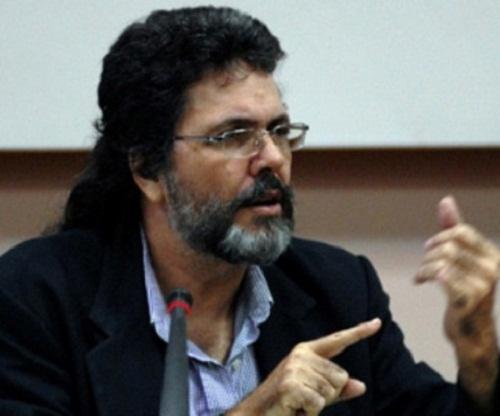 Destacado intelectual cubano subraya importancia de una política cultural coherente
