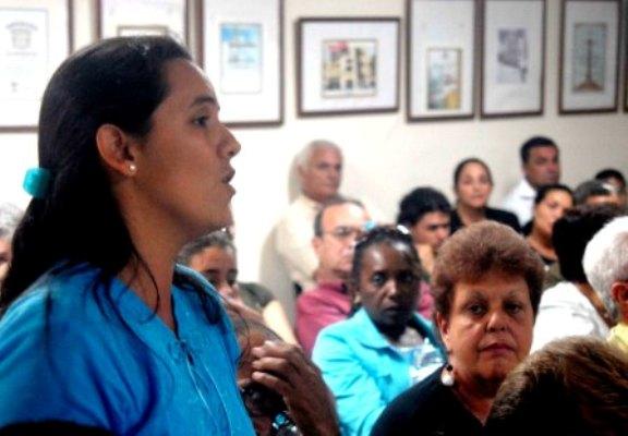 Le journal Adelante, de Camagüey, se félicite de 59 eneros