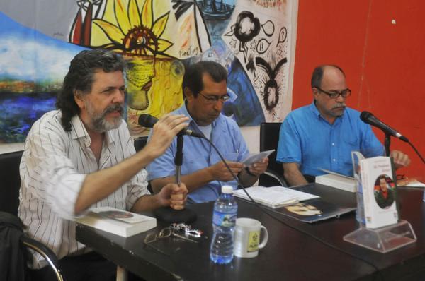 Presentan en La Habana libro Aló Presidente Teórico de Hugo Chávez