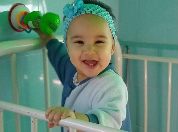 En la salita de Oncología, Arletis ríe (+ Audio y fotos)