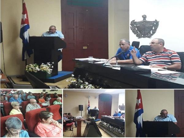 Analizan en Camagüey temas socioeconómicos de importancia para el pueblo
