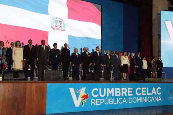 Rinden homenaje a Fidel Castro mandatarios de CELAC