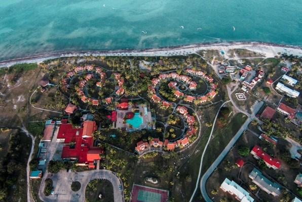 Turistas italianos incrementan presencia en balneario camagüeyano Santa Lucía (+ Audio y fotos)