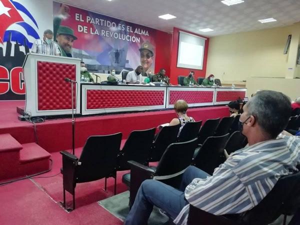 Chequean en Camagüey implementación de medidas para el control de la Covid-19
