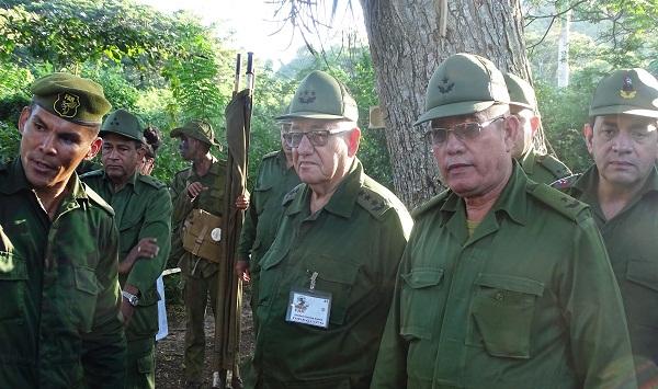 Comprueba Espinosa Martín preparación de los camagüeyanos para la defensa de la Revolución