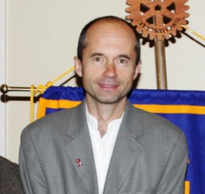 Dr. Ondrej Mach.