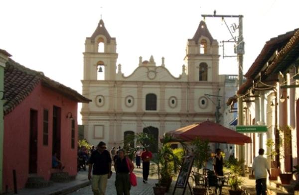 Rehabilitan espacios de interés patrimonial en la capital camagüeyana