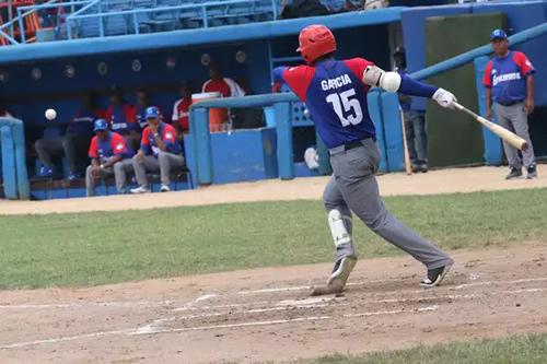 Equipo granmense a un paso de la corona en 60 Serie Nacional de Béisbol