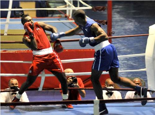 Fernando Arzola abre medallero cubano en Mundial Juvenil de Boxeo