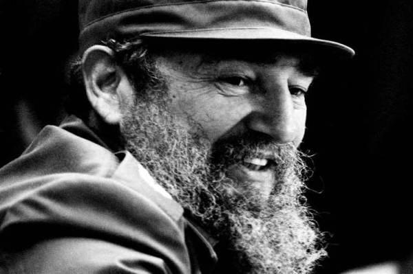Fidel sigue asaltando el cielo