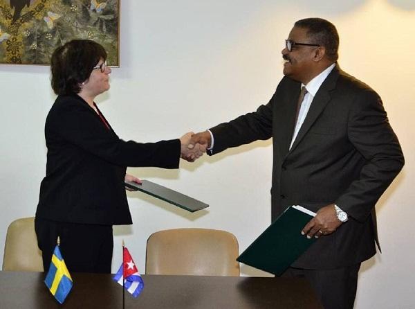 Cuba y Suecia suscriben Memorando de Entendimiento para superación profesional