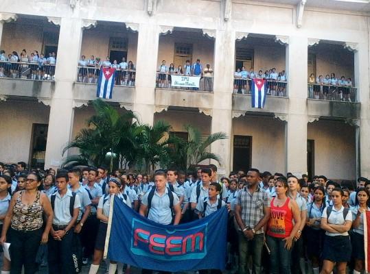 Extienden perfeccionamiento educacional en preuniversitarios camagüeyanos