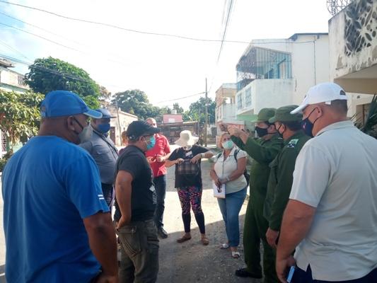 Constatan cumplimiento de indicaciones en zona bajo vigilancia reforzada en Camagüey (+ Fotos, Audio y Post)