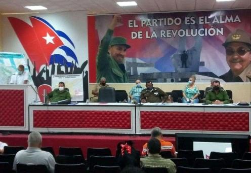 Sobresalen educadores camagüeyanos en la batalla contra la COVID-19