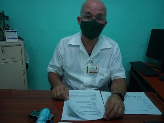 Juan Jesús Llambías Peláez, director del Centro de Higiene, Epidemiología y Microbiología en Camagüey