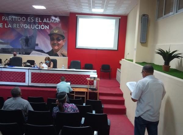 Continúa en Camagüey inmunización y enfrentamiento a la Covid-19