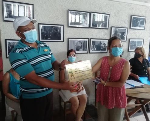Entrega CTC en Camagüey reconocimiento a Unión de Periodistas de Cuba en la provincia (+ Fotos)