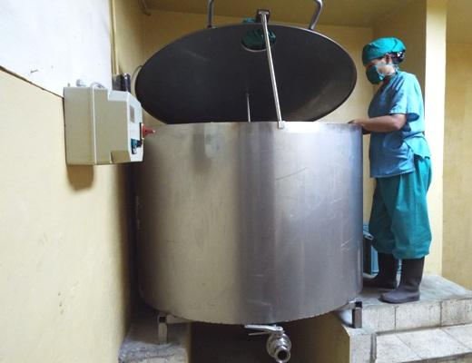 LABIOFAM aporta en Camagüey a la salud humana y animal (+ Fotos)