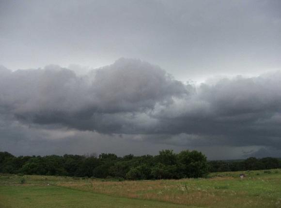 Mucho calor con algunos chubascos y tormentas eléctricas para hoy en Camagüey