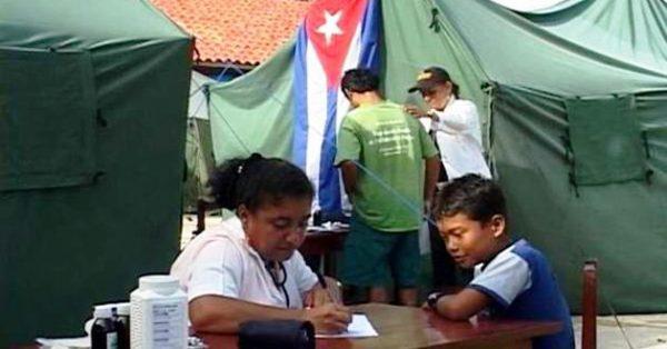 Enaltece Evo Morales solidaridad médica cubana en Bolivia