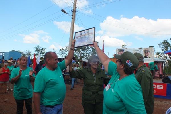 Trabajadores Azucareros del Camagüey festejan su día construyendo la solidaridad (+ Fotos)