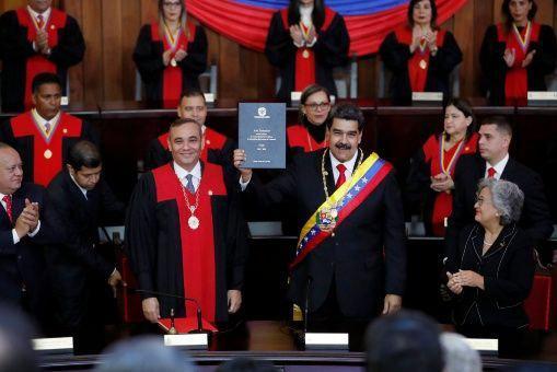 Asume Nicolás Maduro presidencia ante delegaciones internacionales (+ Video)
