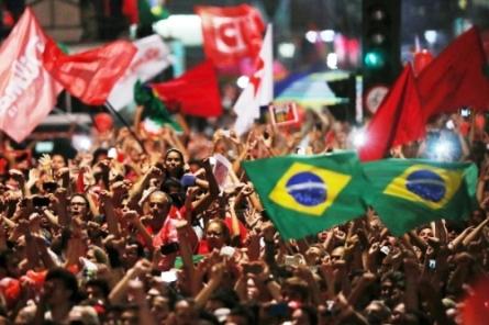 Crece el Partido de los Trabajadores de Brasil tras detención de Lula