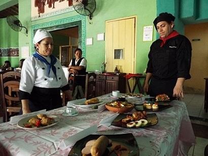 Propone encuentro de técnicas gastronómicas mejor servicio para los camagüeyanos (+Fotos )