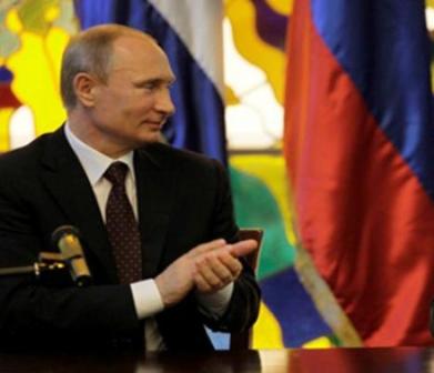 Vladimir Putin felicita a Cuba por aniversario de la Revolución